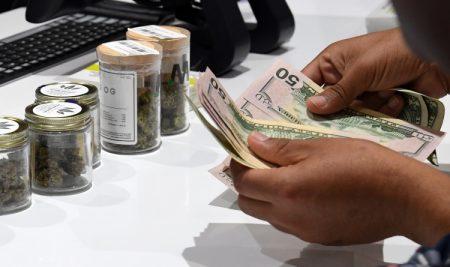 marijuana-banking-bill-450x267